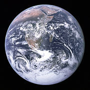 4370_0_180px-The_Earth_seen_from_Apollo_17