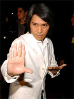 750_2_Stephen-Chow-White